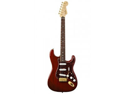 Fender Deluxe Players Strat Rosewood Fretboard. Crimson Red Transparent *